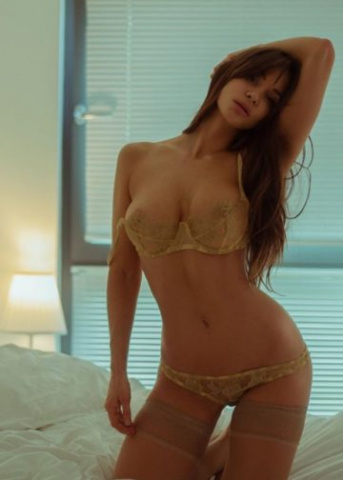 Amsterdam Escort Paid Sex