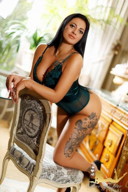 transsexual escorts london