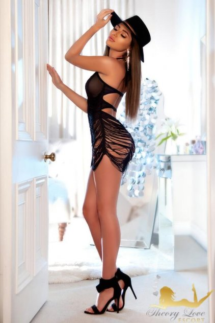 escorts central london