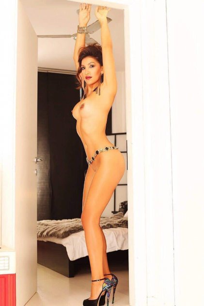 arabic escorts in london
