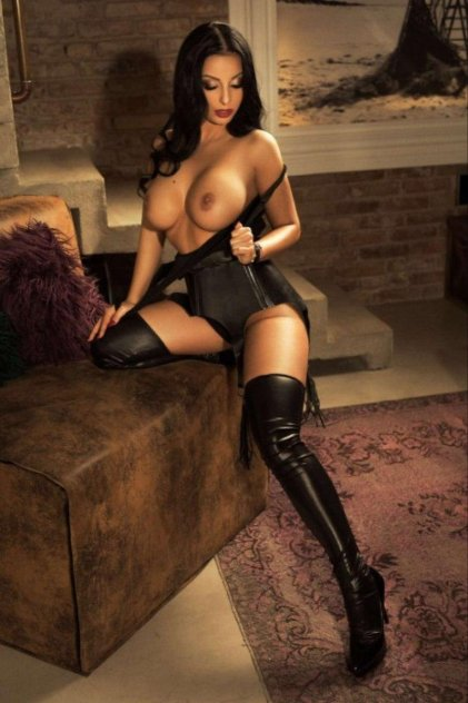 gloucester road escorts