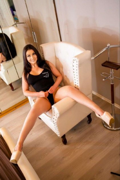 london heathrow escorts